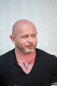 Ivar Krasinski, EDGE